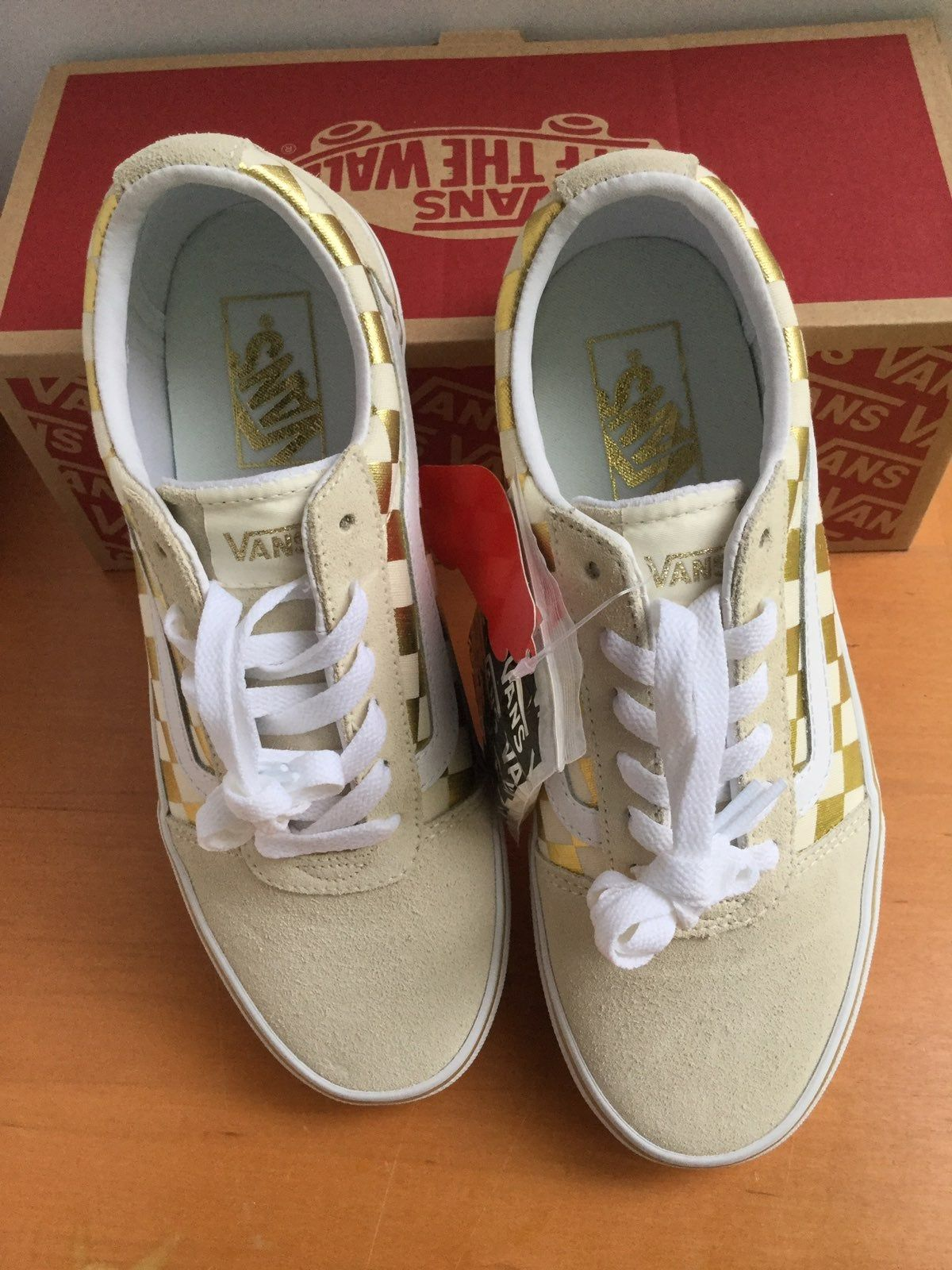 Skater Shoes Size 6M. Brand New, unworn