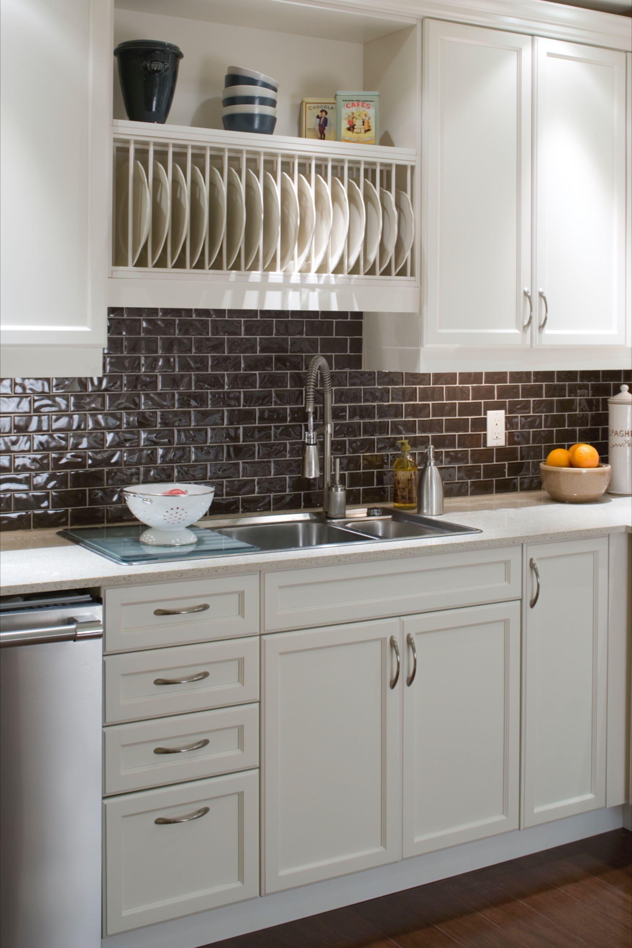 Candice Olson On Cozy Kitchen Design In 2020 Kitchen Inspirations Open Kitchen Cabinets Kitchen