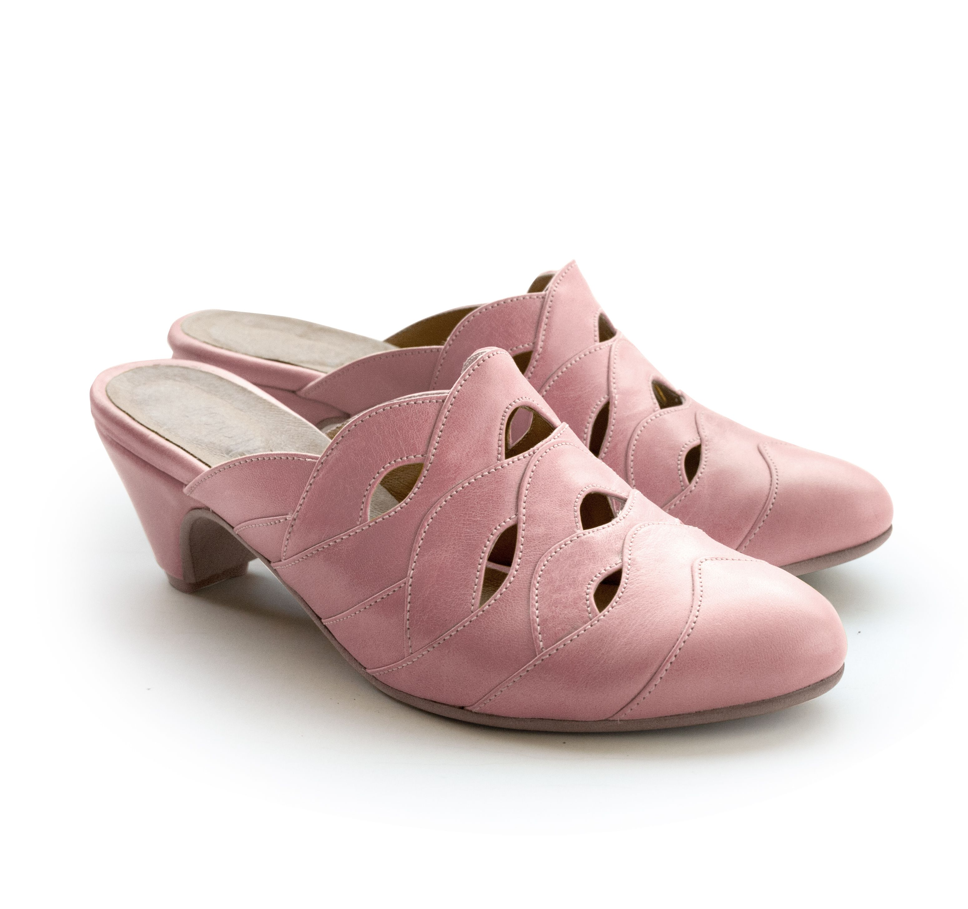 Alice Raspberry Pink.  http://liebling-shoes.com/shop.html