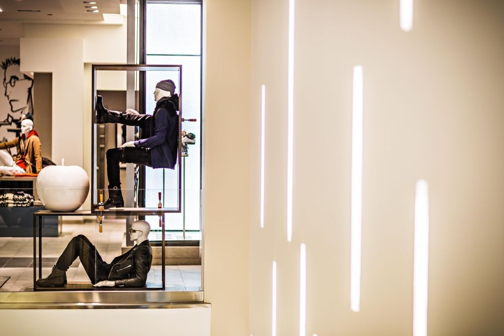 Saks Fifth Avenue Created A New Menswear Concept In Chicago By Moving The  Department Across The