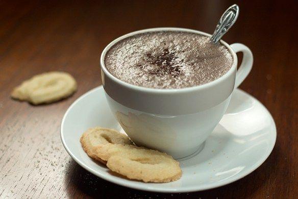 Dark Hot Chocolate (Zartbitter Heisse Schokolade) | The Kitchen Maus