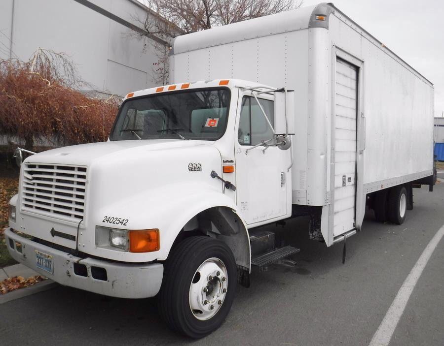 Bid Gallery Id 9 Surplus Fleet Vehicles Box Truck Ford Explorer Step Vans Huisman Auctions Trucks Ford Explorer Step Van