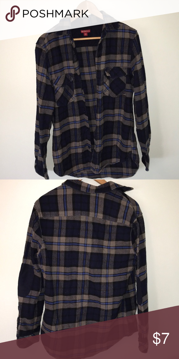 8712a956b168f Merona classic fit flannel shirt Super comfortable flannel (button up) Size  Small (classic fit) 100% cotton Blue