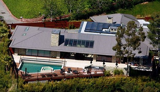 Image result for Jenniffer Aniston's House in BelAir blogspot.com