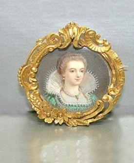 Vintage & Antique Jewelry - Antique Gold Victorian Hand Painted Portrait Pin