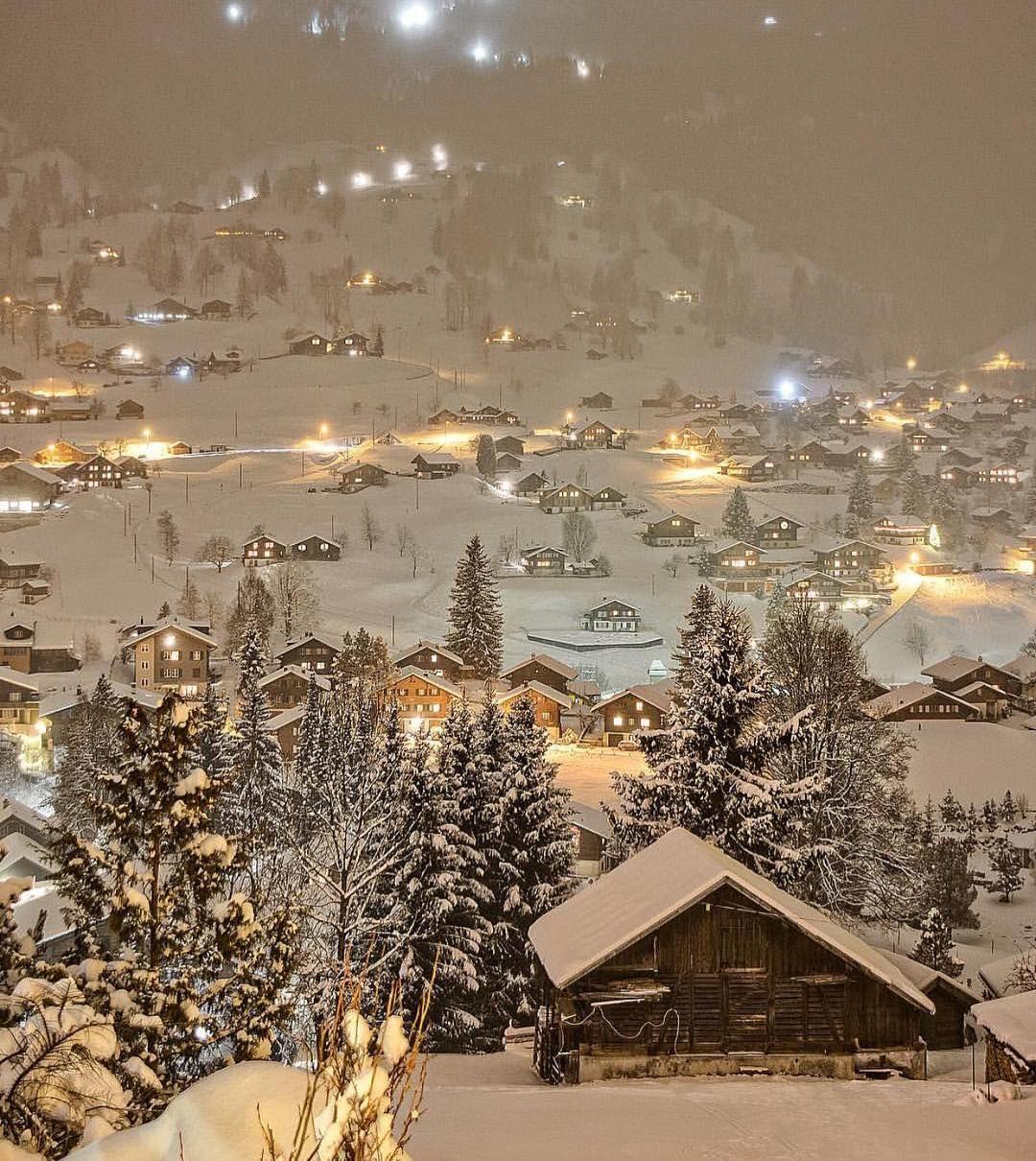 Fairytale in Grindelwald, Switzerland @sennarelax