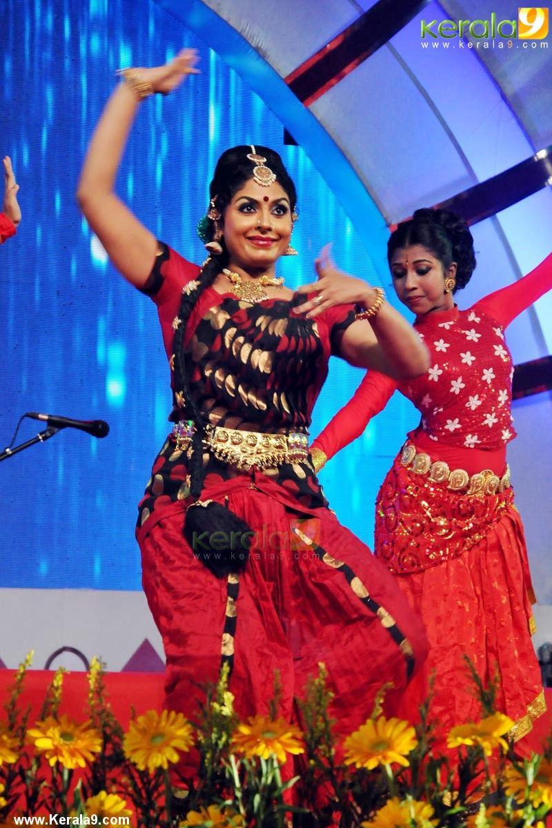 asha sarath | indian celebs | pinterest | asha sarath, onam