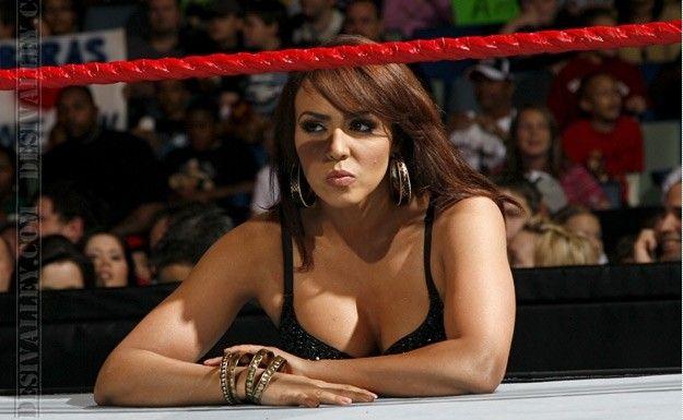 Naomi Uso Body Measurements: Layla El WWE Diva Height And Weight, Bra Size, Body