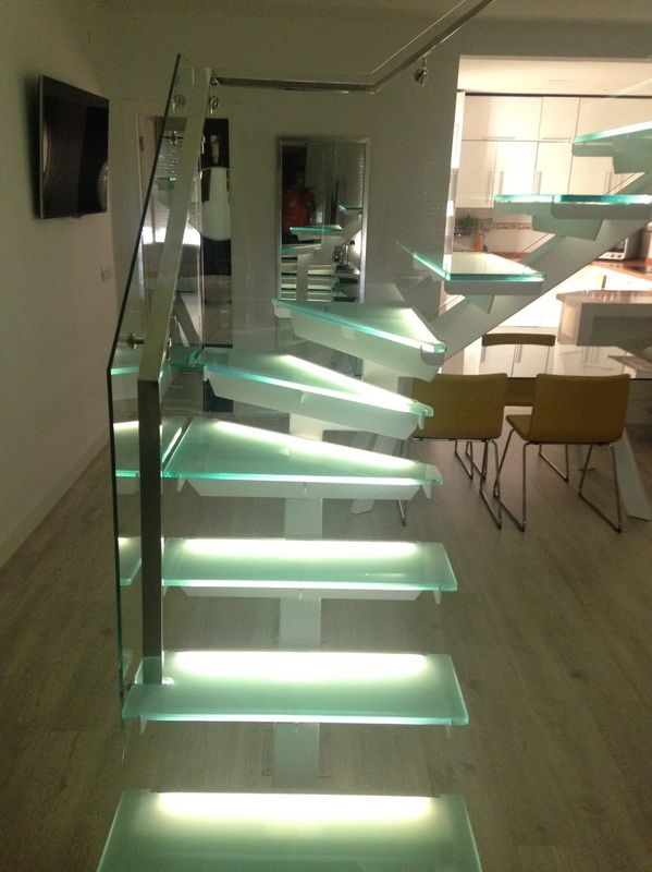 Pin de Mercedes en Escaleras interior Pinterest Escalera