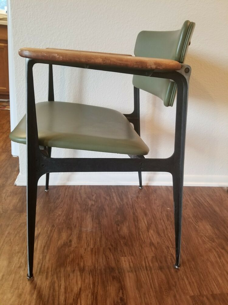Rare Mid Century Modern Chair Dan Johnson For Shelby Williams Crucible Vintage With Green Leather And Office