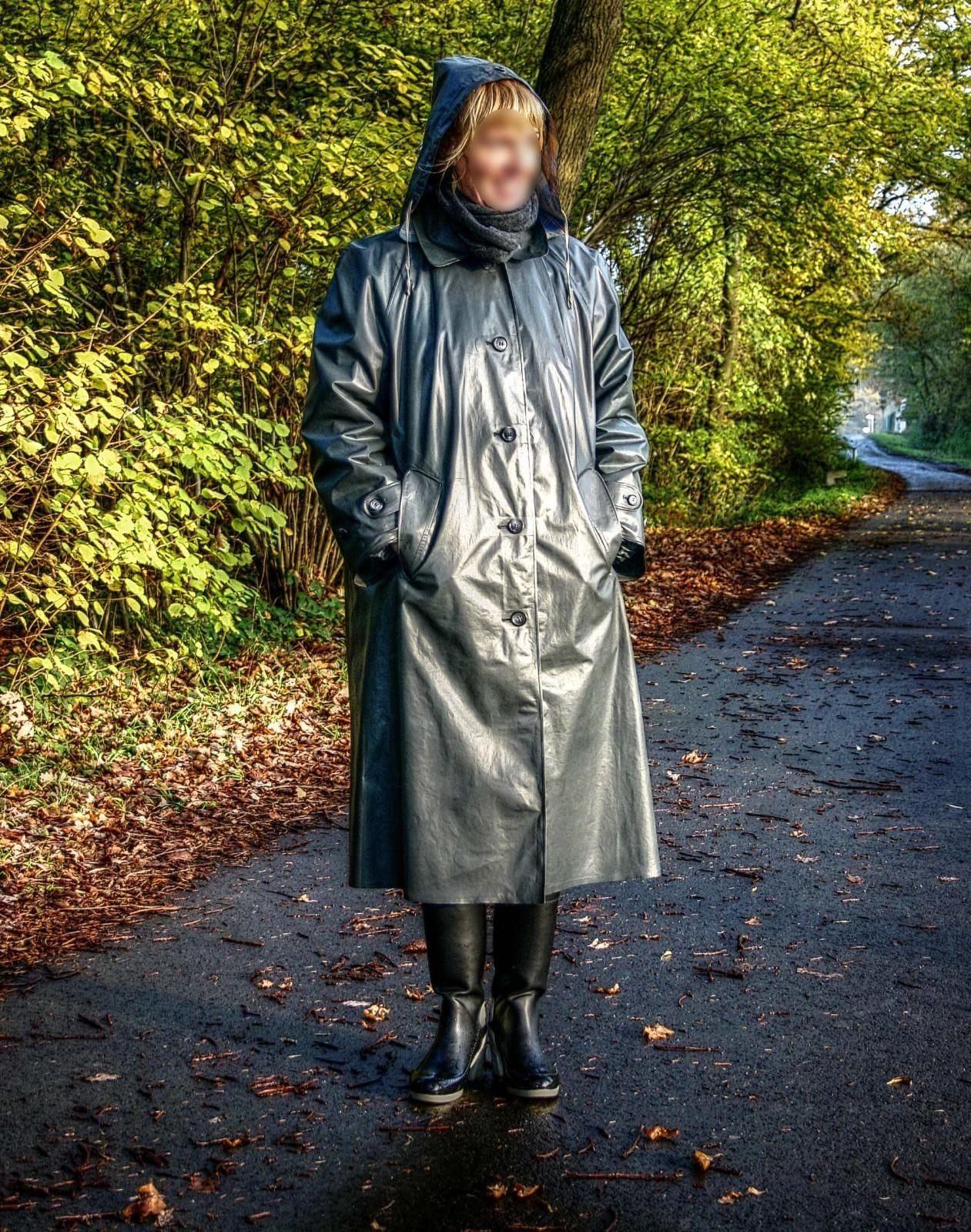 kleppermantel raincoat klepper gummimantel regenmantel gr 46 kleidung accessoires damenmode. Black Bedroom Furniture Sets. Home Design Ideas