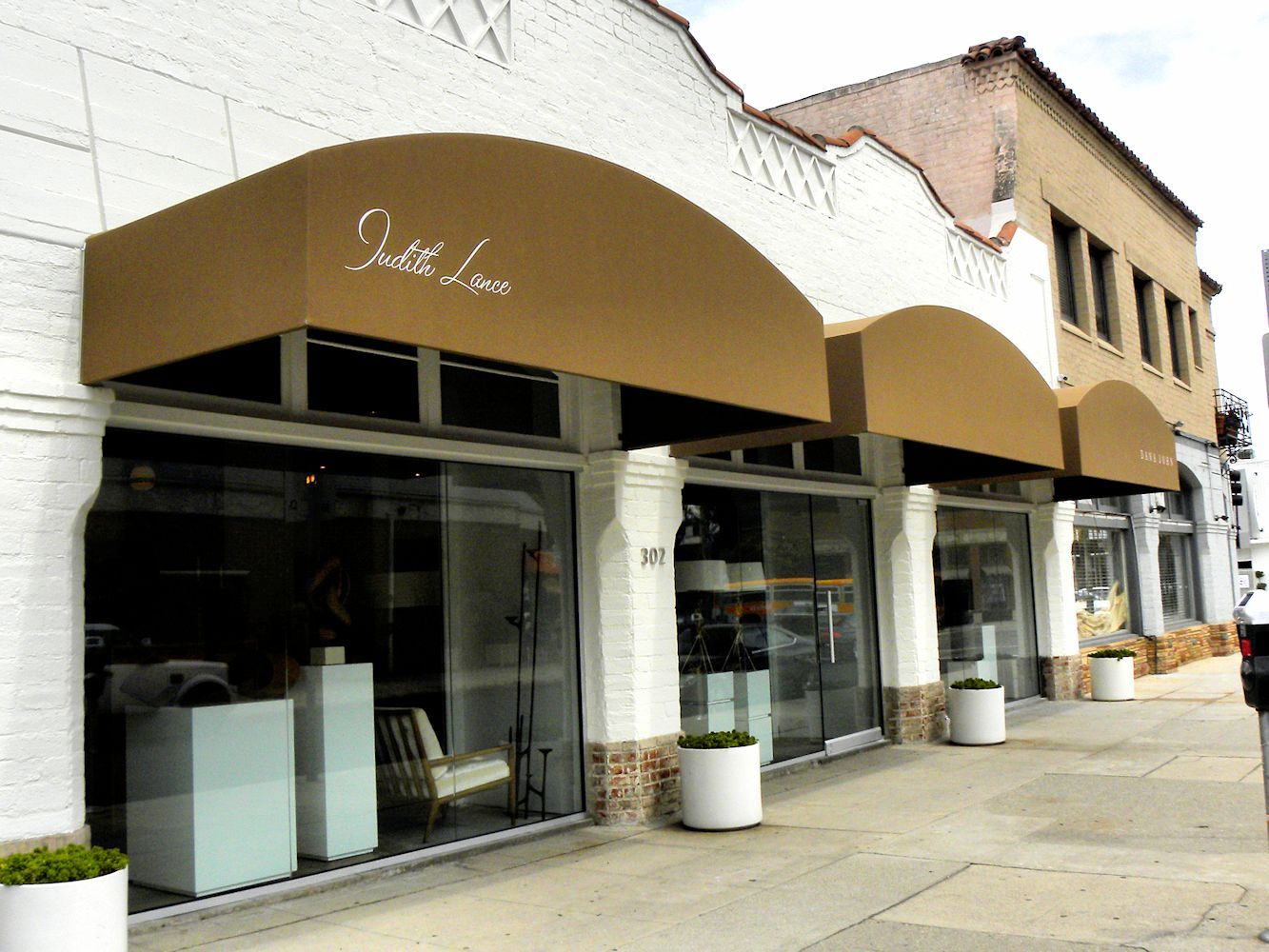 Commercial Awnings Canopies By Superior Awning Awning Canopy Awning Bar Design Restaurant
