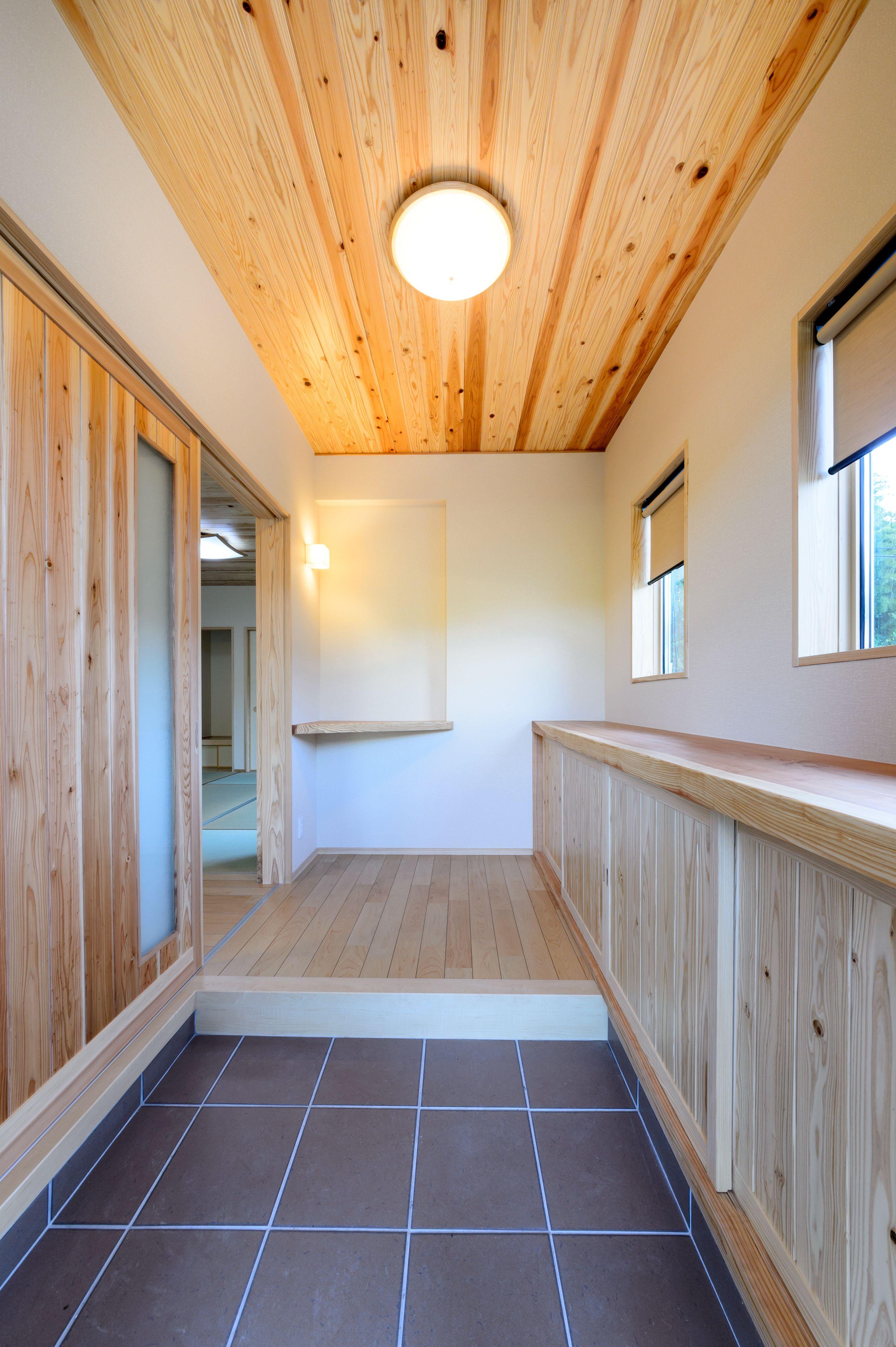 明るい玄関スペース 住宅 家 家 づくり