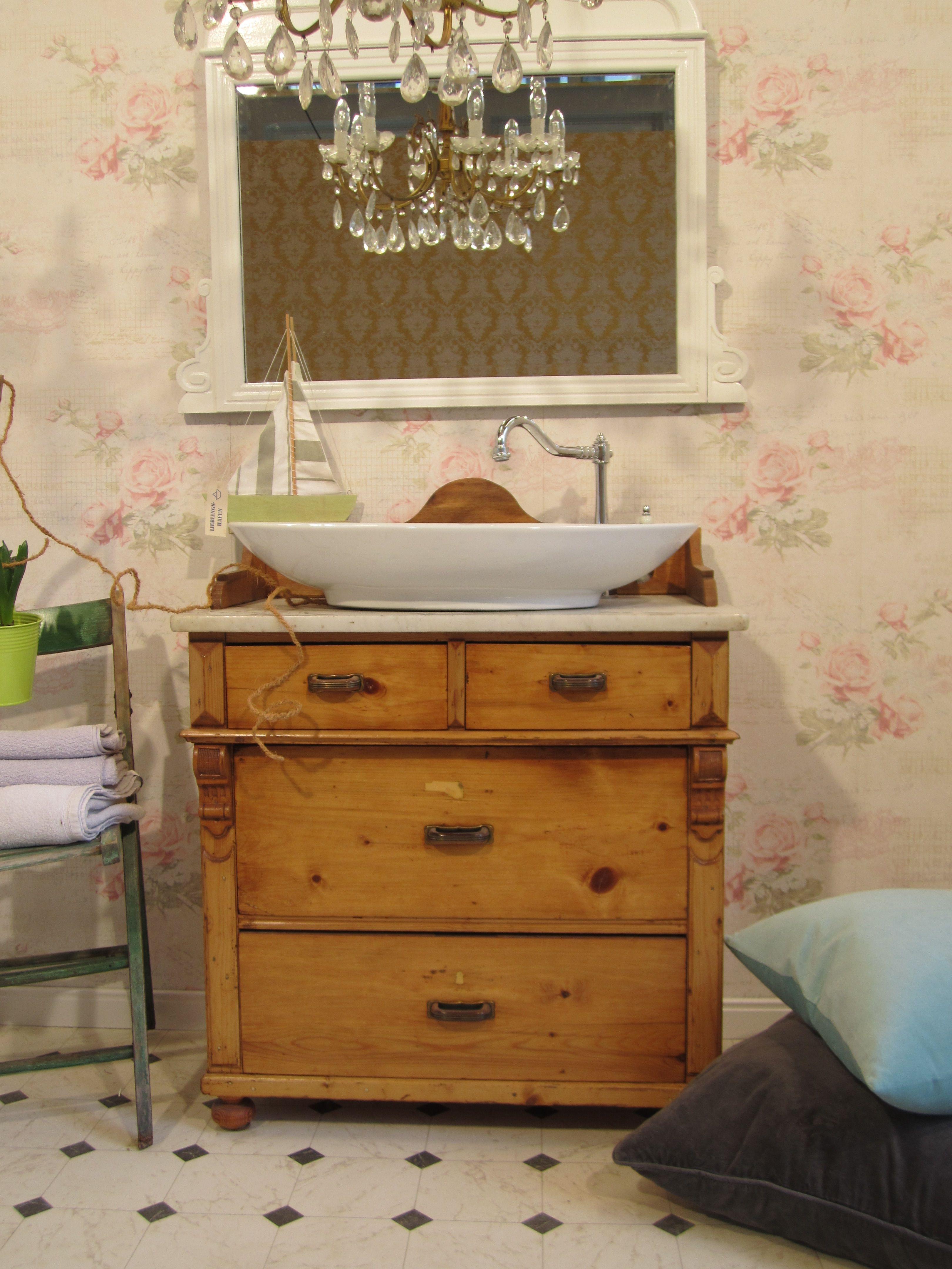 Badmobel Landhaus Laufen Sie Mit Diesem Waschtisch Im Landhausstil In Ihren Personlichen Heimathafen Ein Das Waschtisch Landhaus Waschtisch Waschtisch Holz