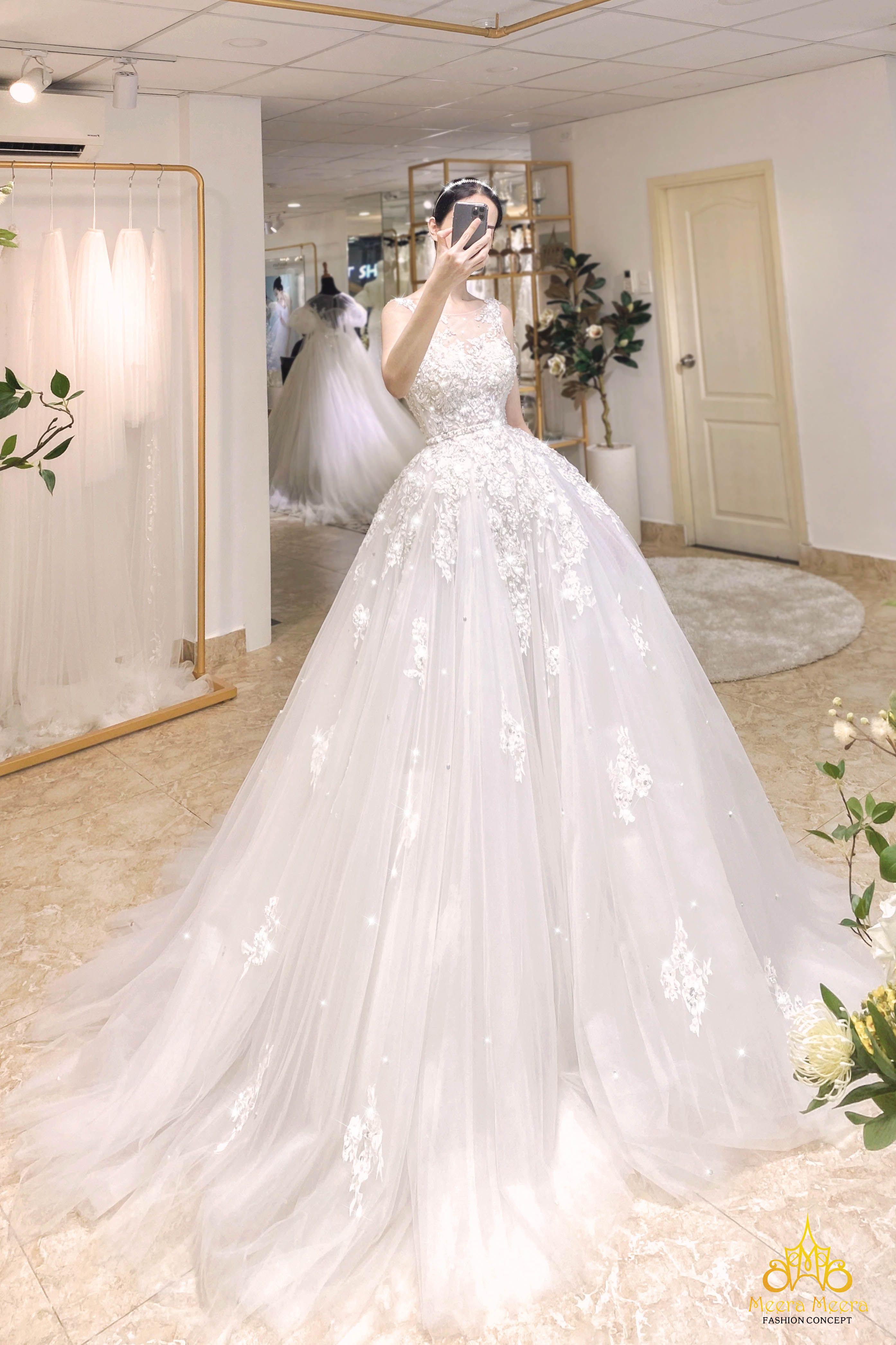 Áo cưới Công chúa tùng xoè lộng lẫy MM4050 Meera M