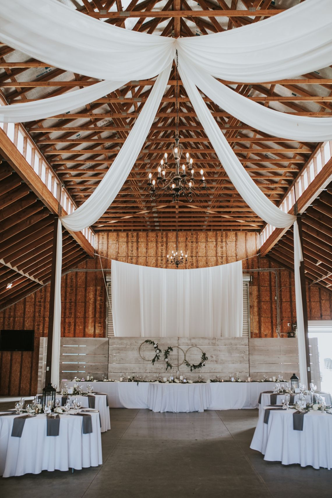 Barn wedding modern rustic with draping | Wedding modern ...