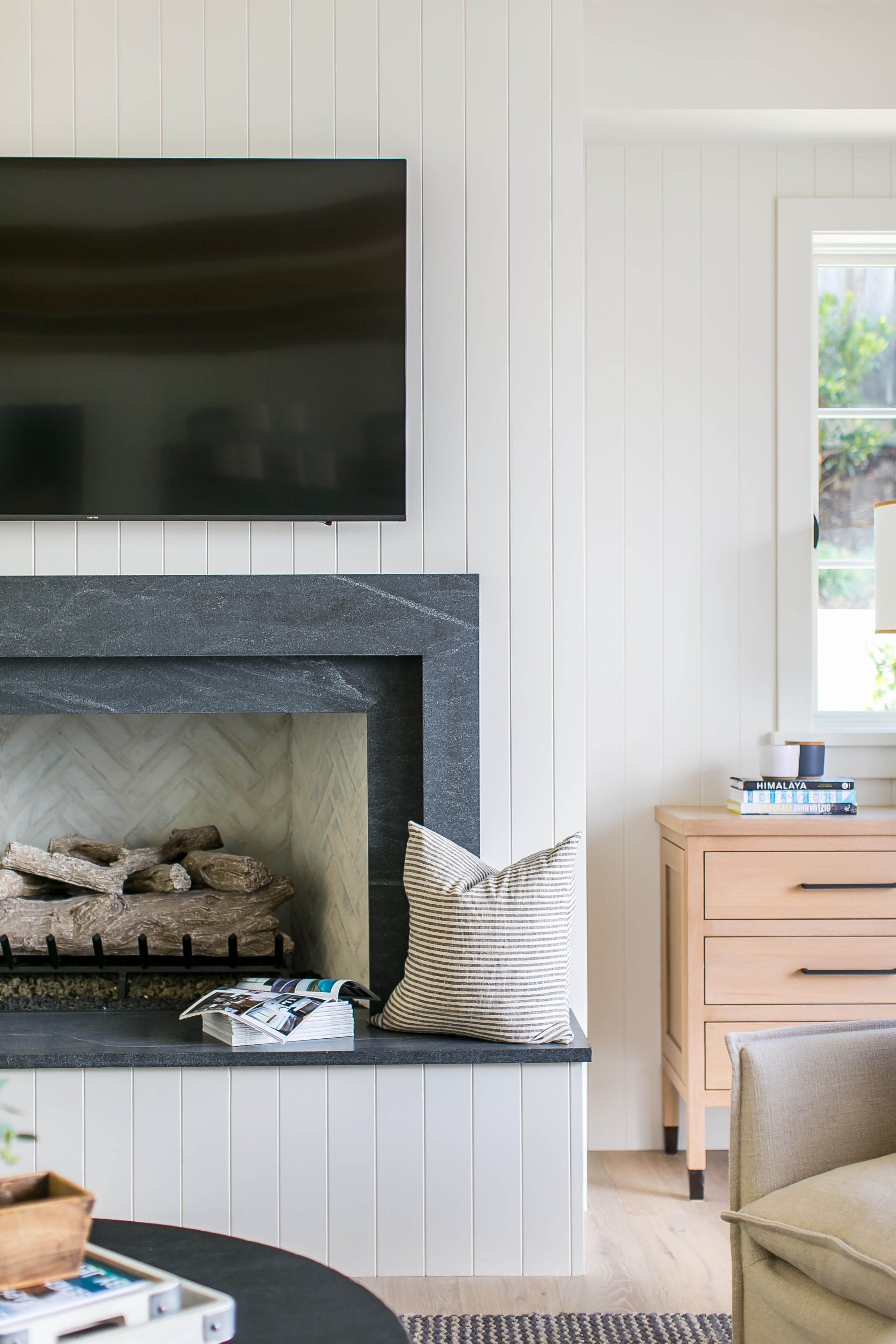 Natural Stone And Neutral Textures In Brooke Wagner S New Home Rue Living Room Decor Fireplace Fireplace Design Fireplace Surrounds