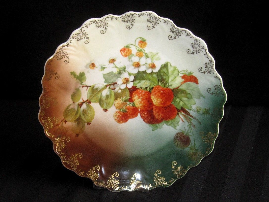 Antique German Decorative Wall Plate Strawberry Gooseberry Fruit Motif Gold Scroll Work & Antique German Decorative Wall Plate Strawberry Gooseberry Fruit ...