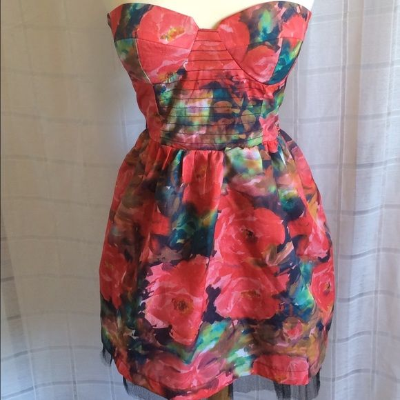 Floral Party Dress! Such a fun dress! Corset style top with a classic Flare princess skirt! Dresses Mini