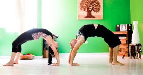 Partner Yoga poses for friends & lovers