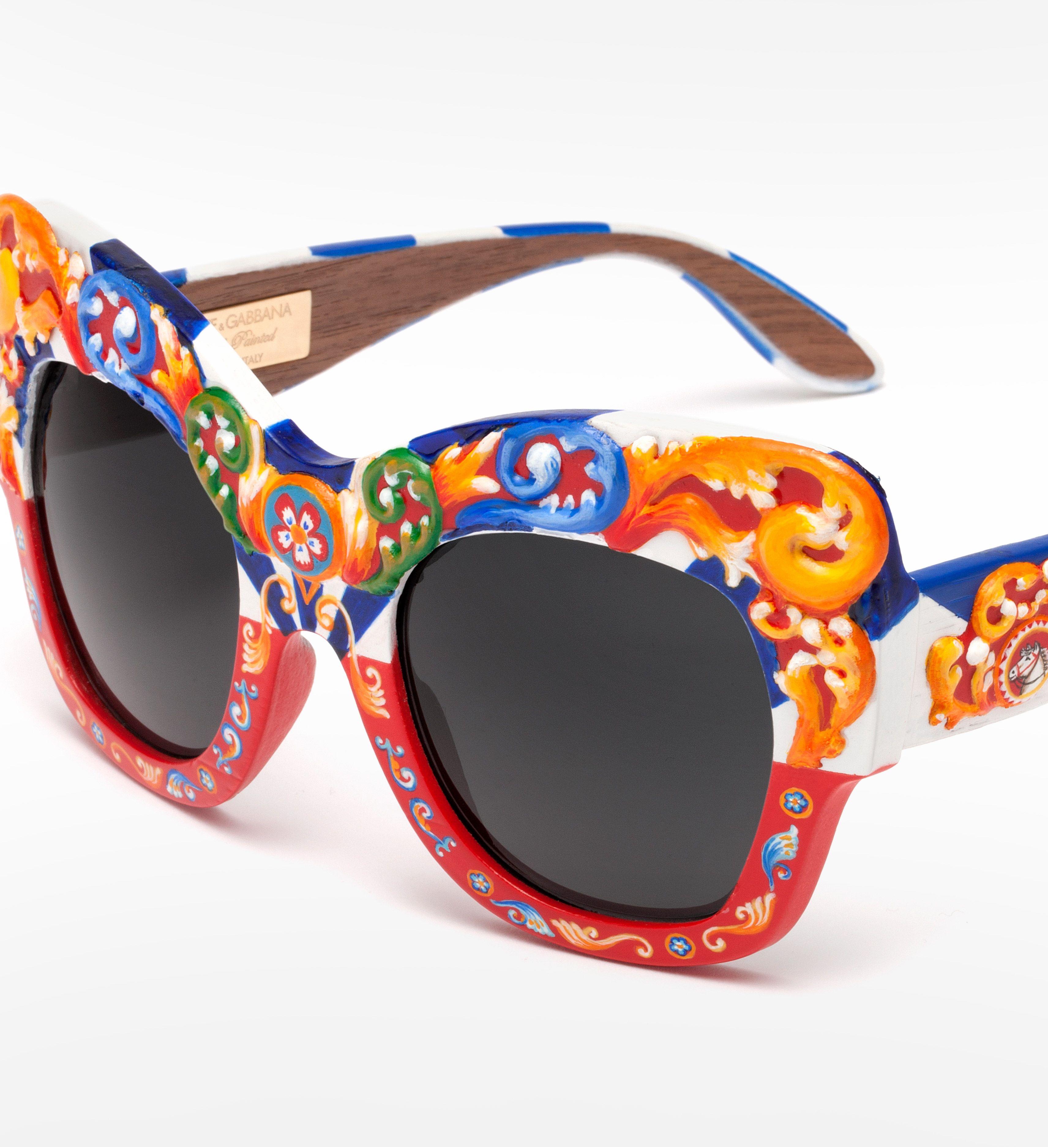 Women\'s sunglasses and eyeglasses with Sicilian Carretto print ...