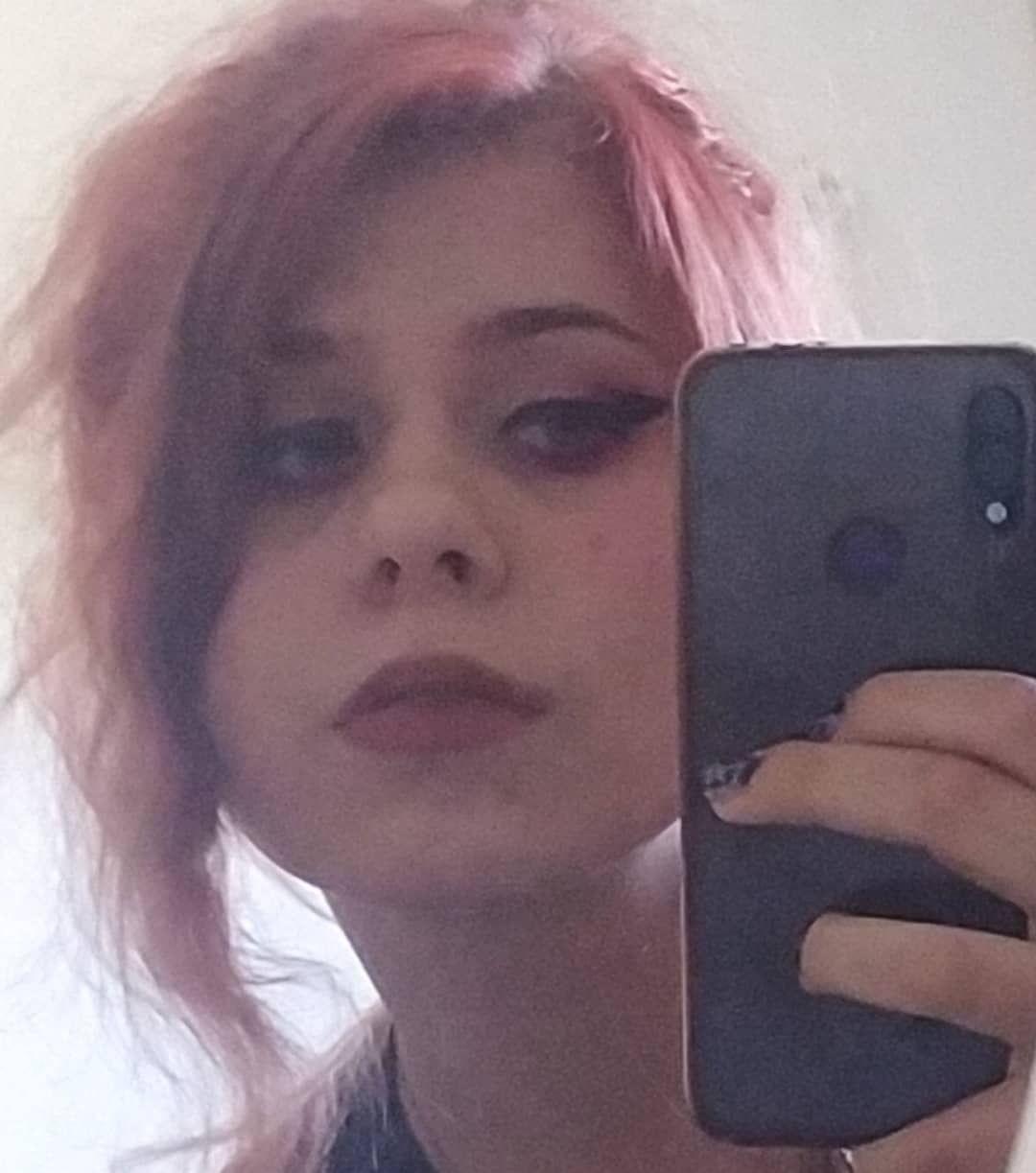 ☘️ . . . . . . . #art #alternativegirl #altgirl #emogirl #makeup #metal #photooftheday #redhead #cute #core #love