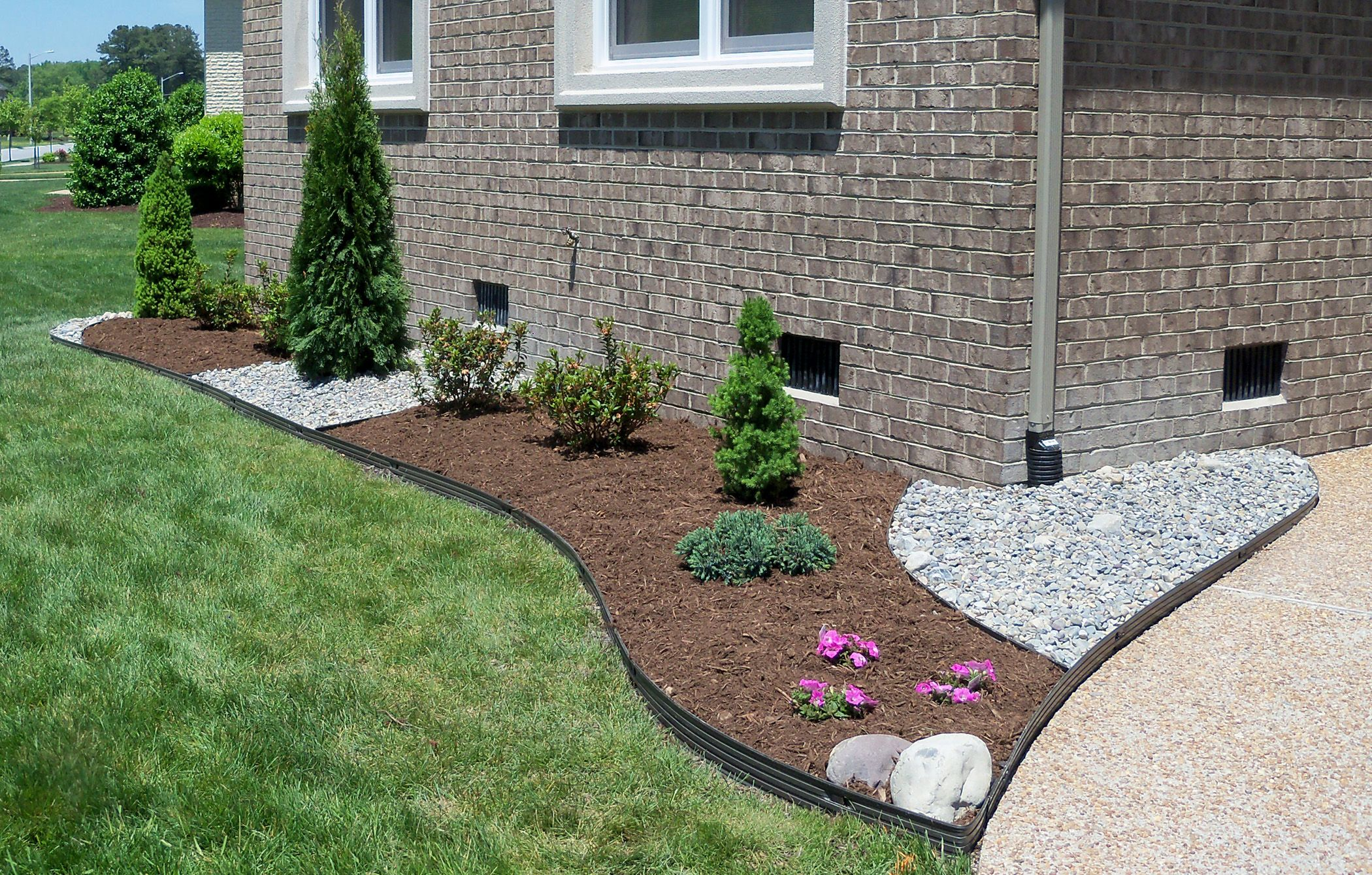 Landscaping With Stone Mulch Pictures : Gravel landscaping ideas va beach mulch and