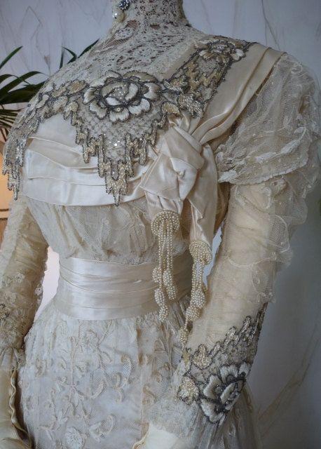 DEMPSEY Princess Lace Wedding Gown, Antique Bridal Gown, Antique ...