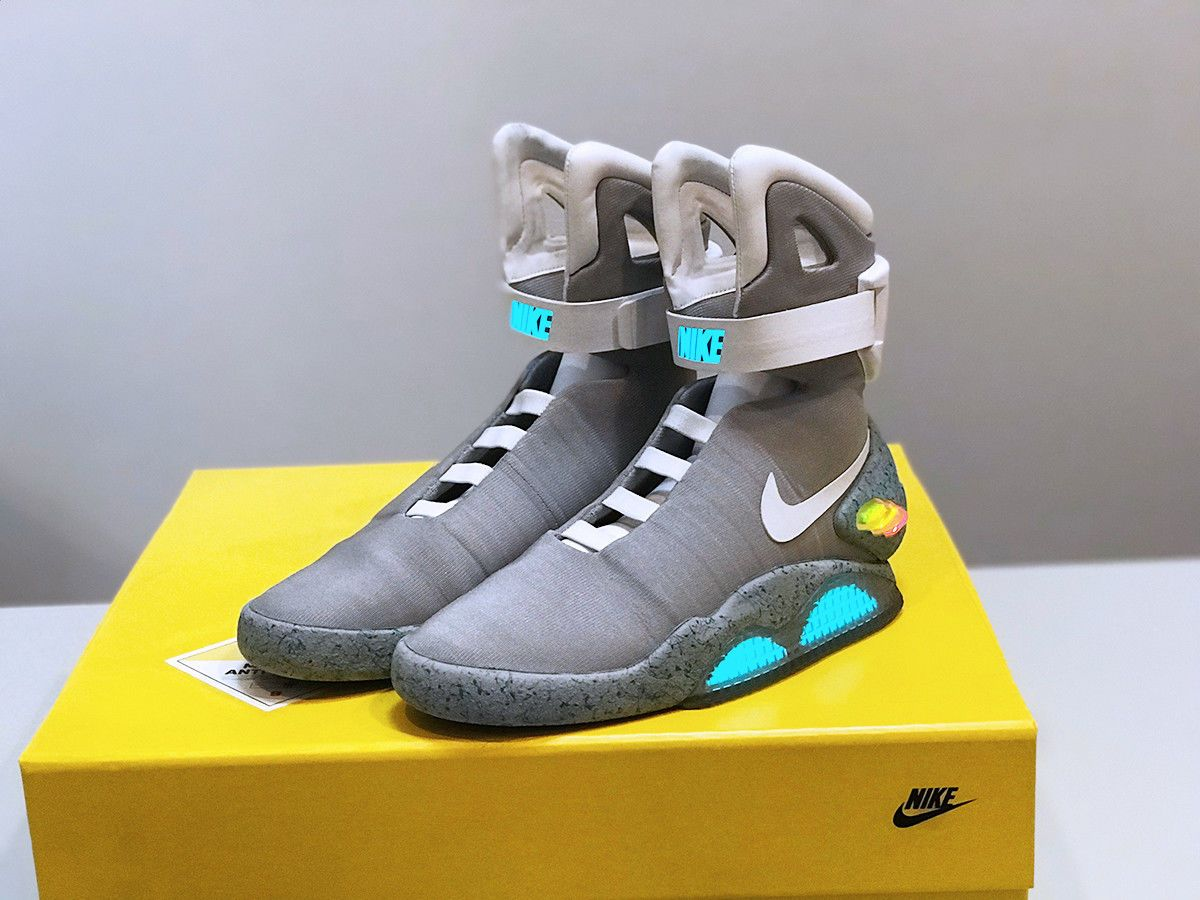 Details About Nike Air Mag Back To The Future 2011 Size 9