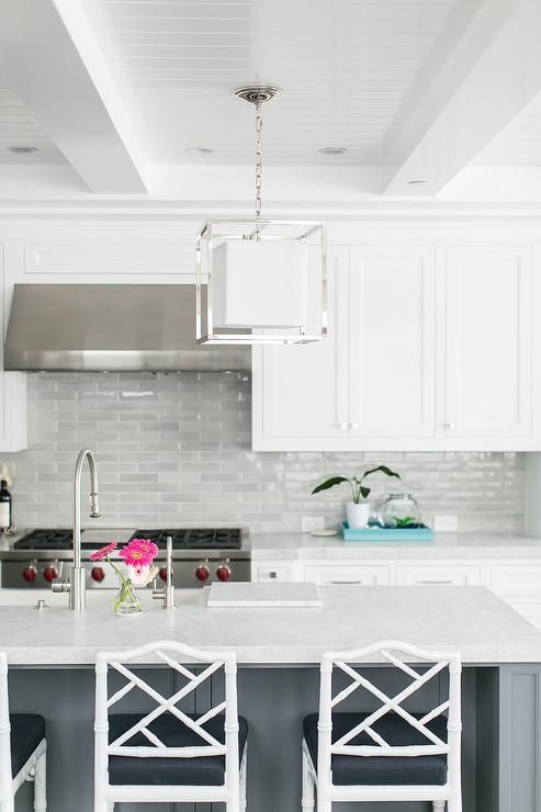 Best Light Gray Backsplash Tiles Accent White Shaker Cabinets 400 x 300