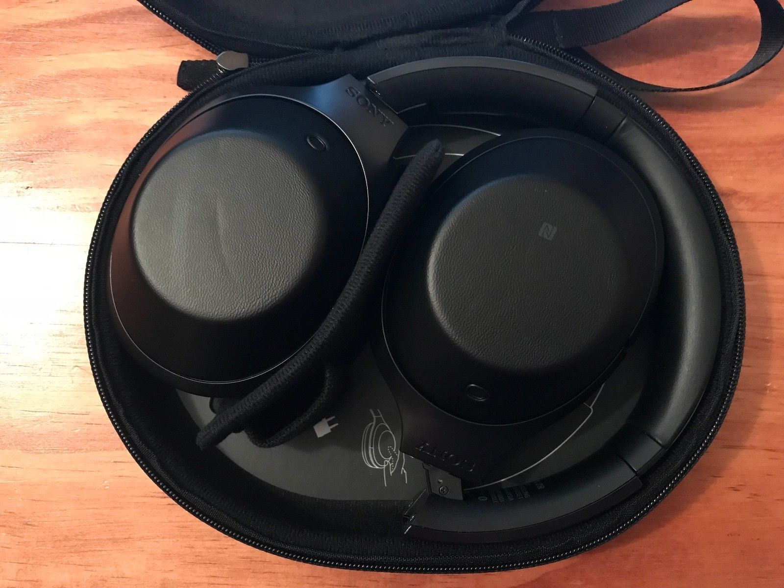 Sony Mdr 1000x Wireless Noise Canceling Bluetooth Headphones Black Noice Cancelling Headphone Ad Mdr1000x B Http