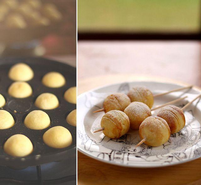 Kue Poffertjes Dutch Batter Pancakes Demonstrate Dutch Influences On Indonesian Cuisine
