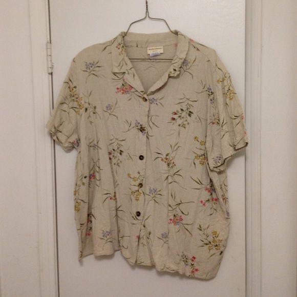Khaki floral linen blouse, size 24 Khaki linen blouse, 55% linen, 45% rayon, pretty floral pattern, Size 24 Tops Button Down Shirts