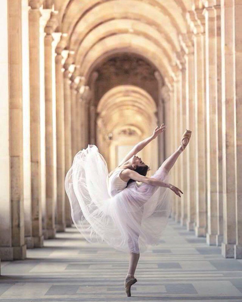 Alma De Um Anjo Hotel Square Louvois Paris Franca C Magdalena Martin Dance Dreams Dance Pictures Dance Photography