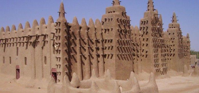 IL FATTO <br>Distruzione dei monumenti storici, un crimine di guerra