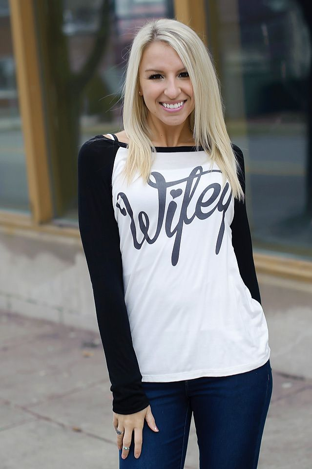 Wifey Tee (Ivory / Black) - Piace Boutique from Piace Boutique