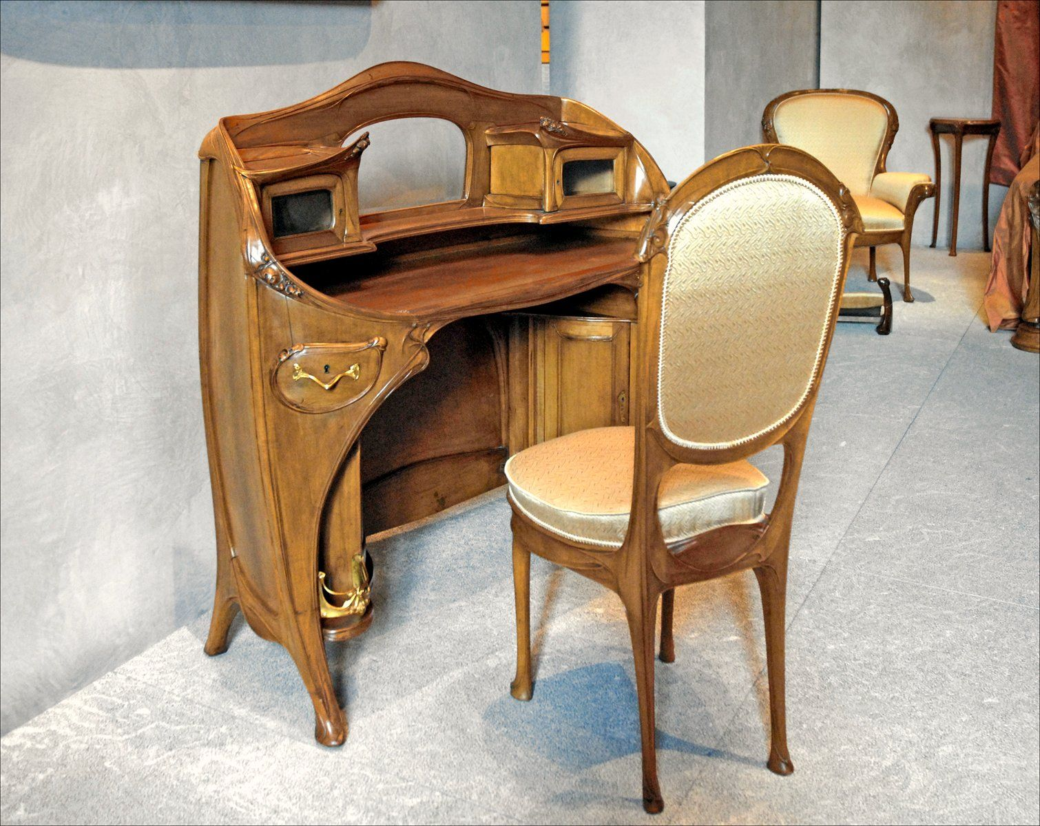 Art nouveau style furniture - Furniture Created In The Art Nouveau Style Was Prominent From The Late 19th Century To The