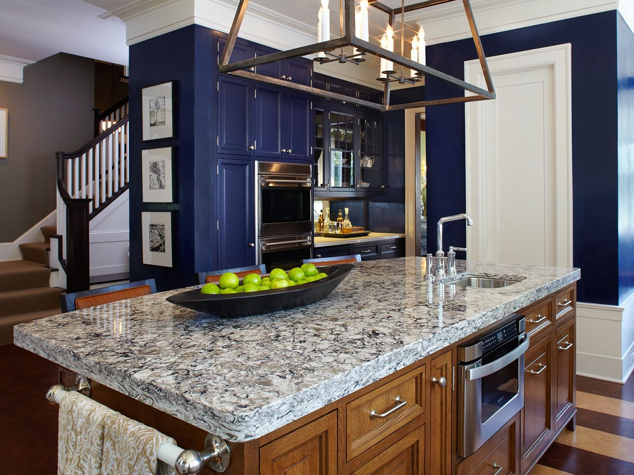 Countertop Design Bellingham By Cambria Quartz In This Kitchen