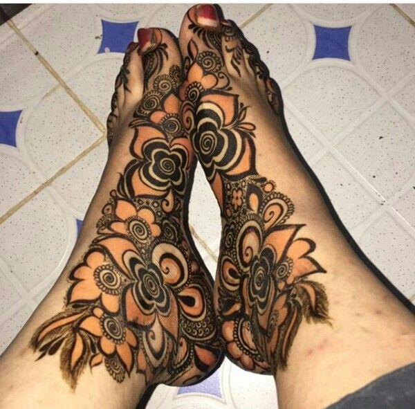 Black And Red Henna Khafif Mehndi Design Stylish Mehndi Designs