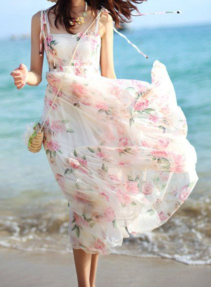 Bohemian Pink and White Spaghetti Strap Floral Print Pleated Dress For Women #Pink_and_White #Floral #Maxi_Dress #Summer_Dresses