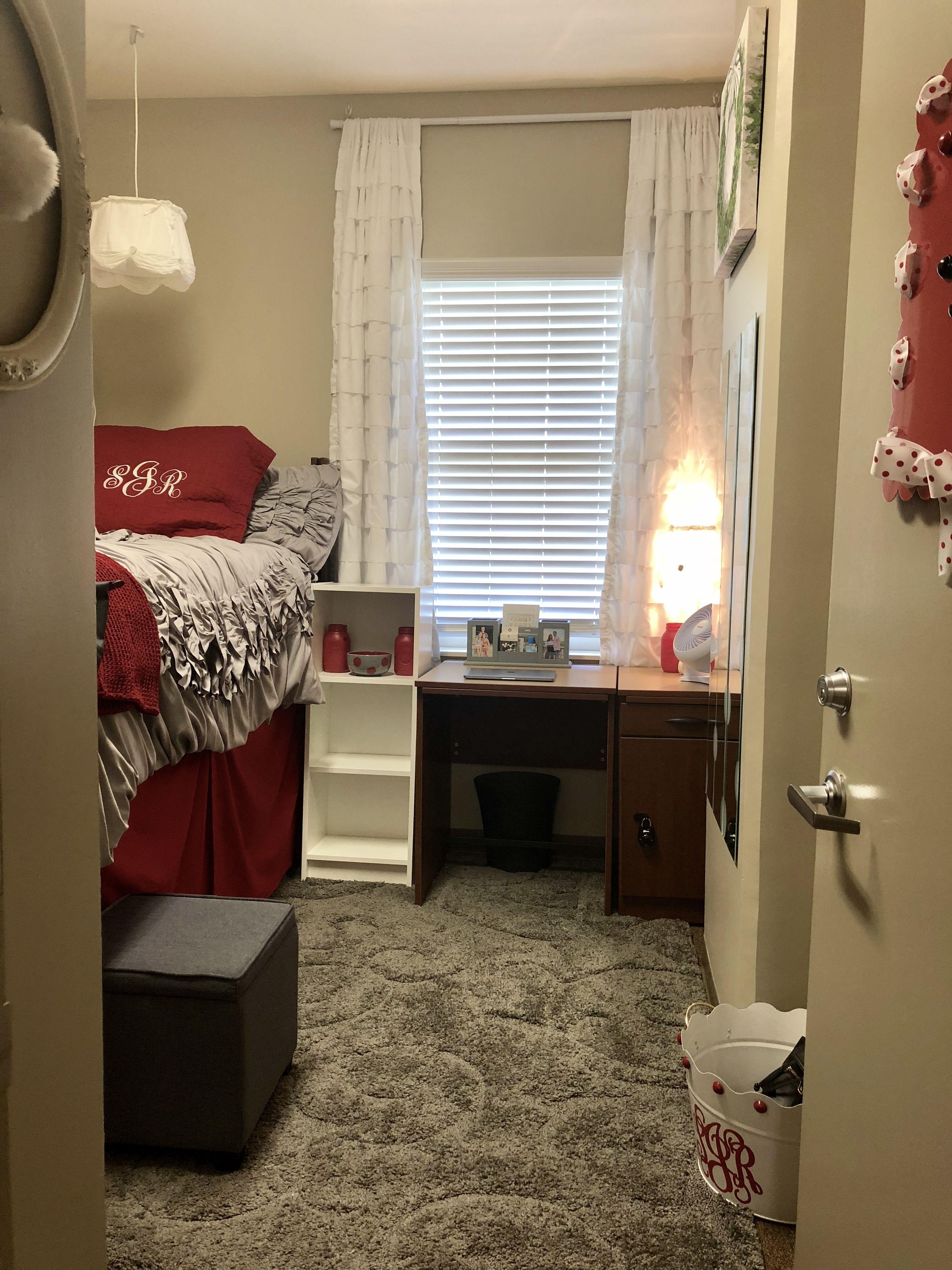 University Of Alabama Ridgecrest North Dorm Home Decor Dorm