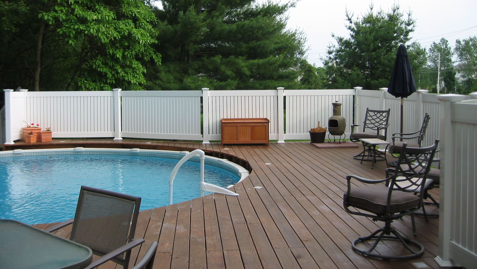 Our Beautiful Vinyl Fences Are Perfect For Outdoor Pool Areas