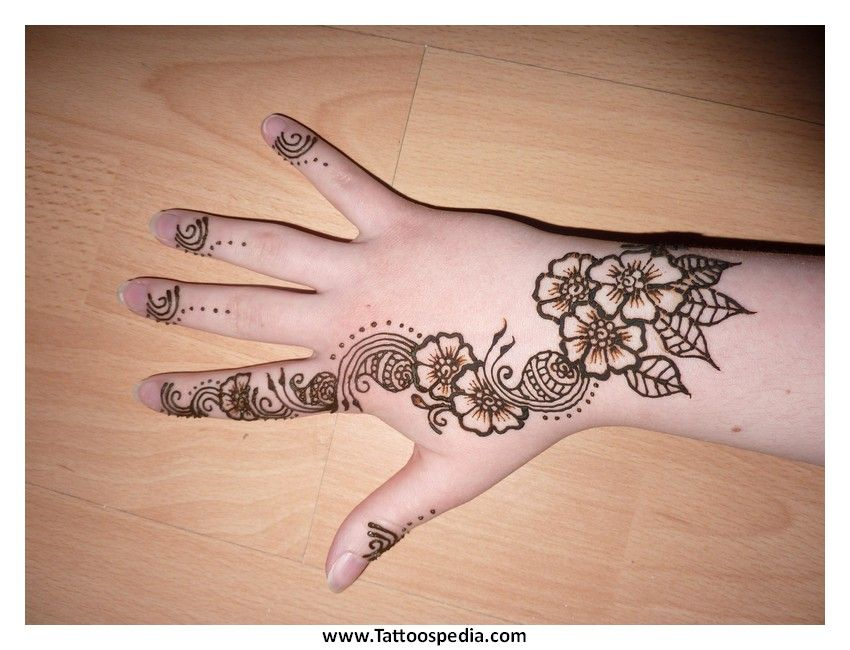 Henna Flower Tattoo Designs Wrist: Google Search (With Images