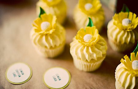 I love the idea of a yellow wedding!