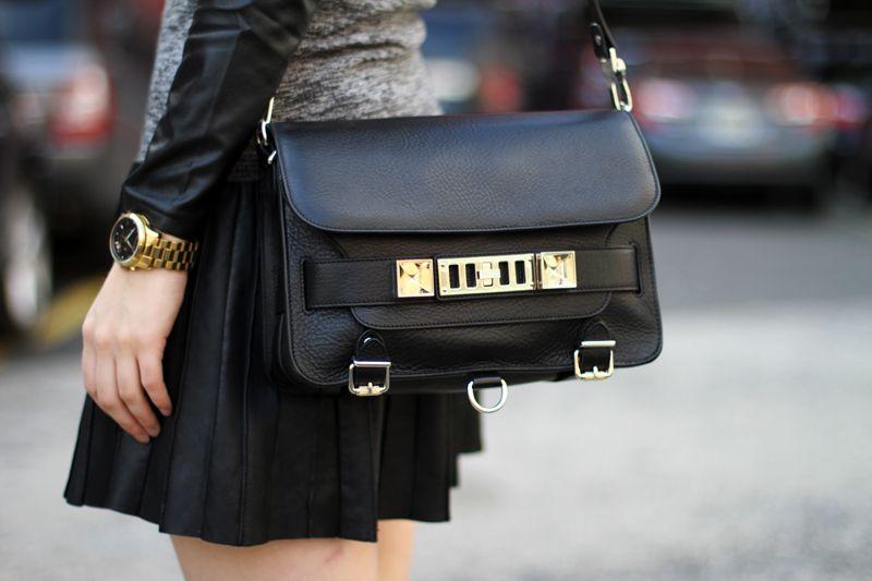 ca05894b0d90 http   styleloving.com items bags proenza-schouler-