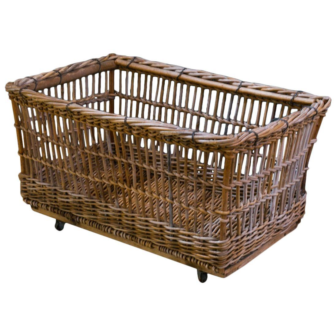 Wicker Cart   www.topsimages.com