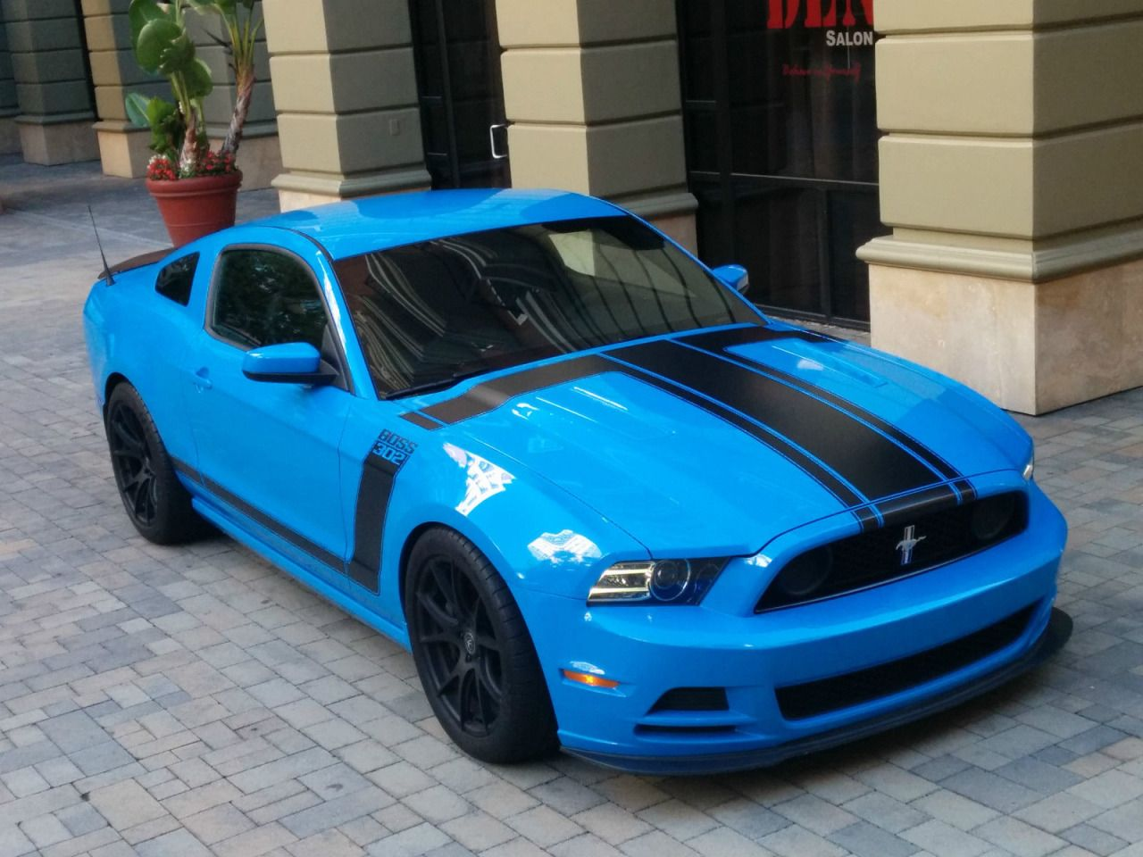 2013 ford mustang boss 302 grabber bluev8 5 0l 4951cc 302cu in v8 gas dohc naturally aspirated the car is fully optioned with the torsen limited slip