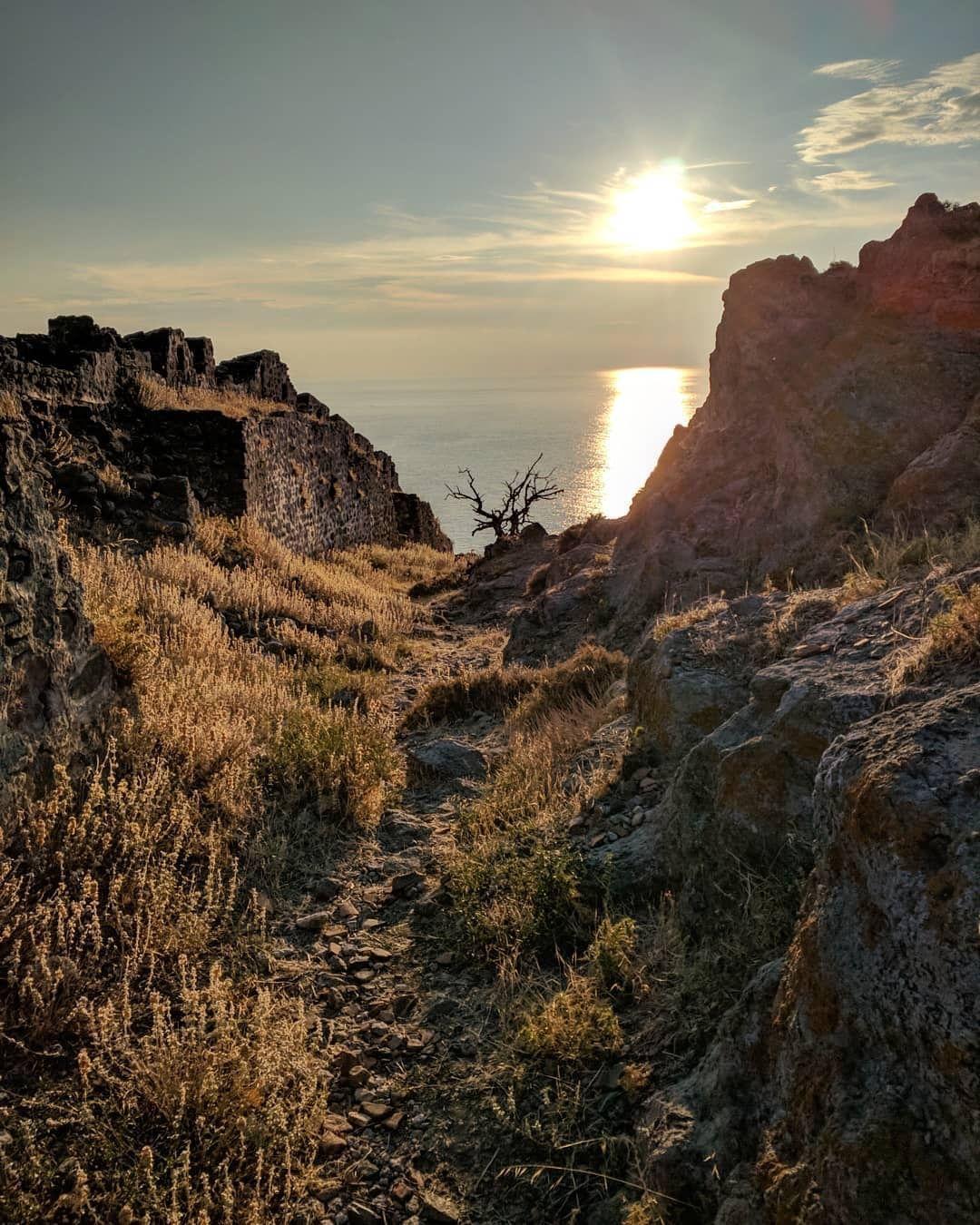Κάστρο Μύρινας Λήμνος 📷 Ilias Strachinis Περισσότερη