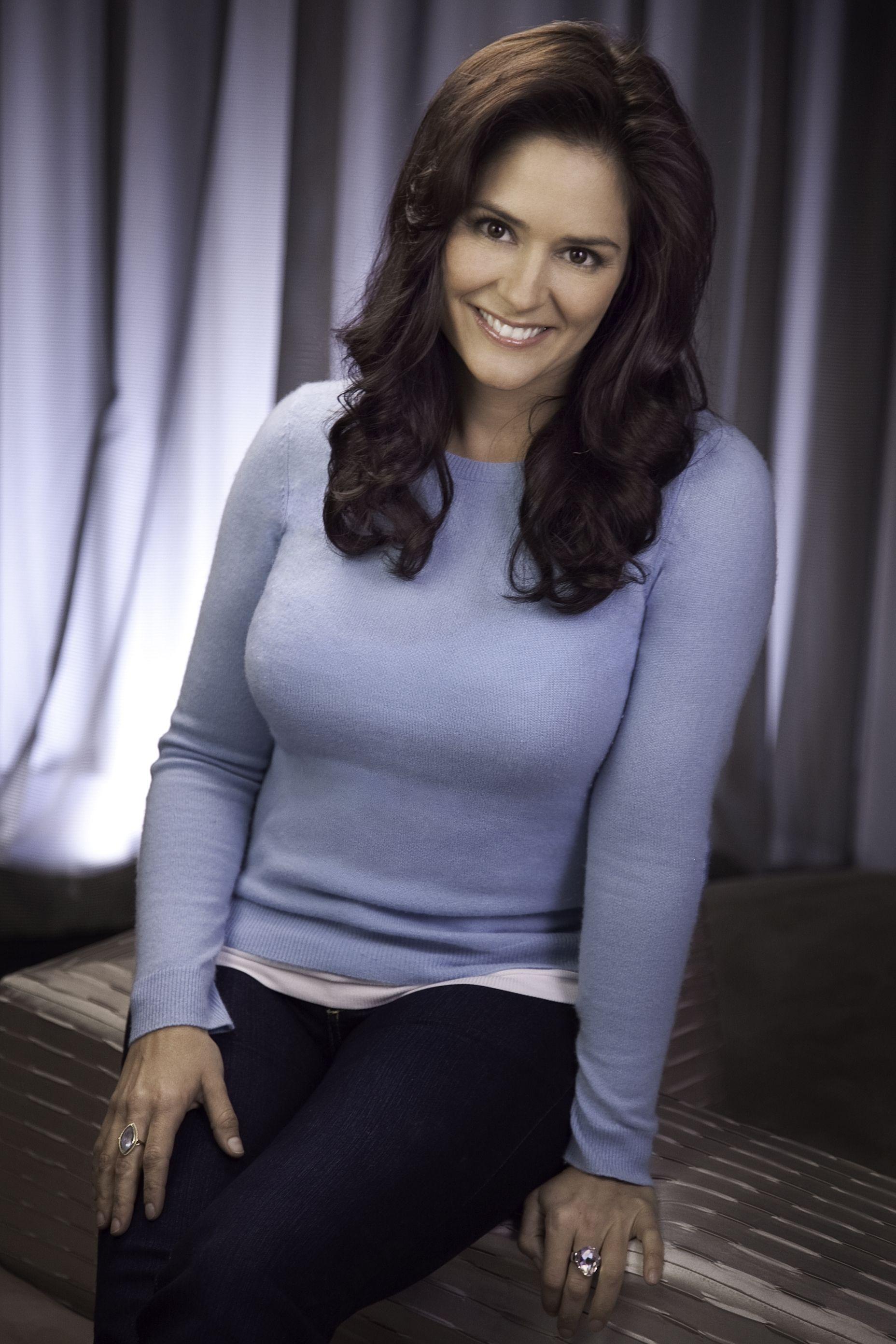 Danielle Fishel Breast Pics