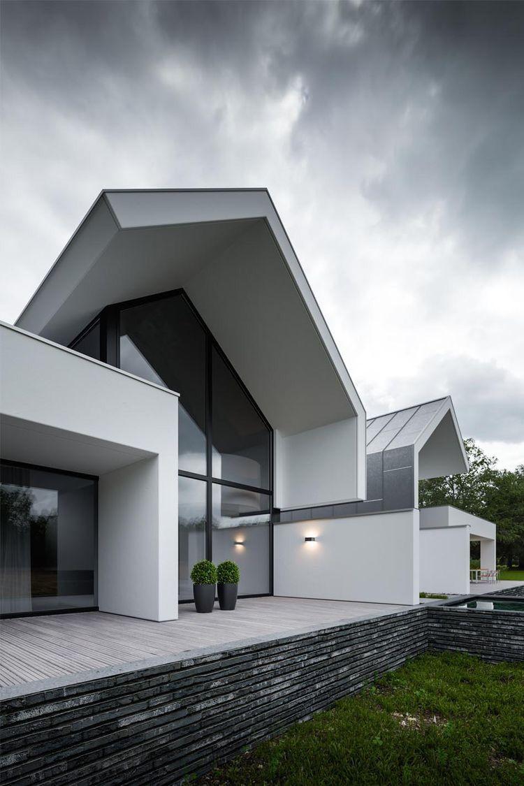 Pin von cornel calin auf calin | Pinterest | Architektur, Satteldach ...